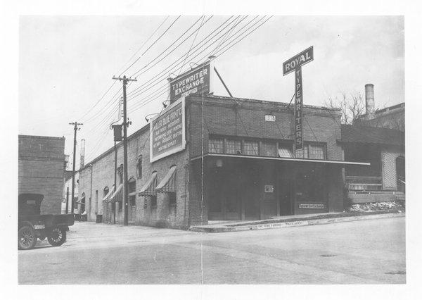 10th Street 1932.jpg